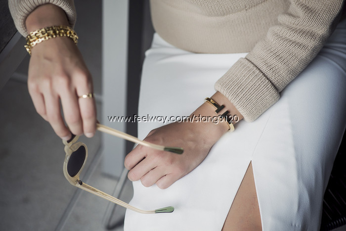 Tiffany T Square Ring Black